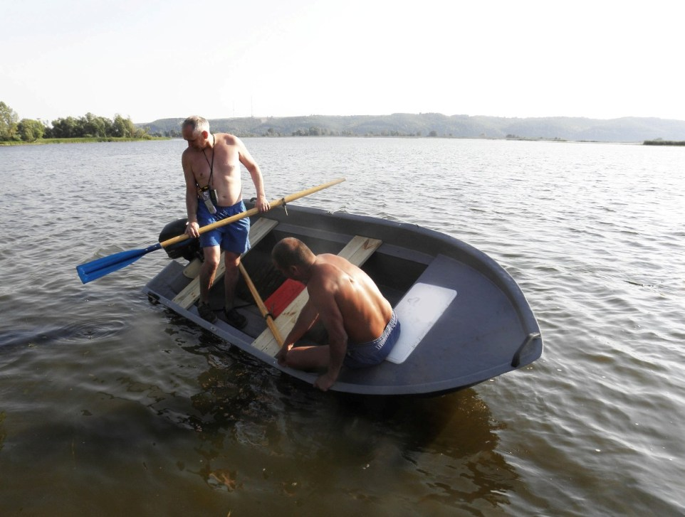 лодка пластиковая диана 350